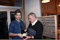 Luka Michilli mit TVE-Obmann Richard Sillmann